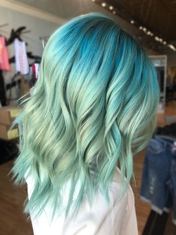 1-15MINUTE-WASH-TEAL-MINT-KAYLEESMILEYHAIR-1