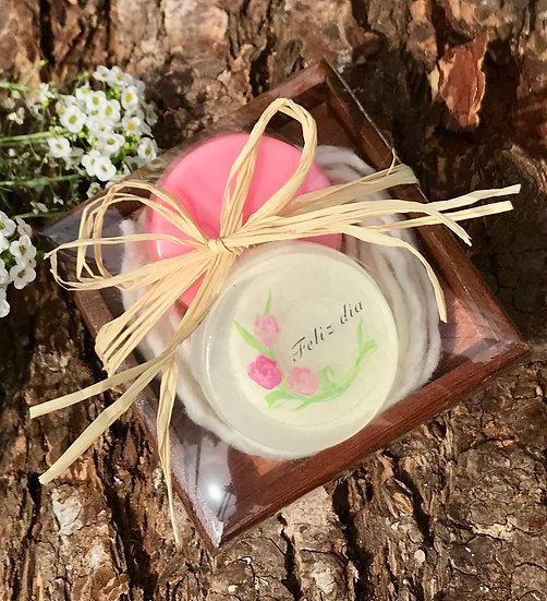 Caja de alerce regalo,  jabón en barra de 50 gr