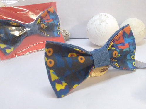 Playful Shapes- Afro Floral Bow Tie