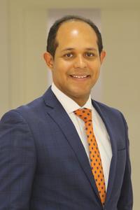 Professor Carlos André