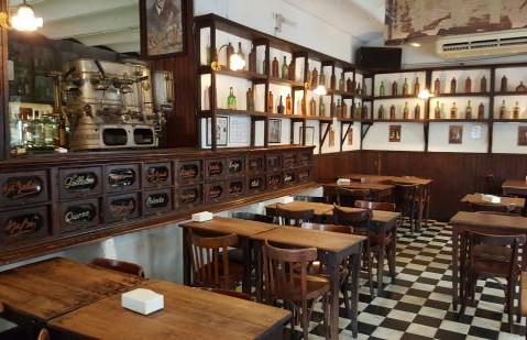 Bar  at Plaza Dorrego