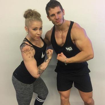 Quand _angel_body_fit me dis qu'elle a les plus gros bras de la #teamleksa.😂 ._💻 www.coachleksa.com_📧alexisleksa_gmail.com.jpg