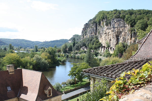 zicht op Dordogne, Frankrijk, rots, vallei, steile wand