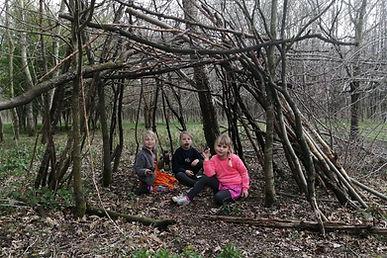 speelbos, bos, kinderen, Puyenbroeck, goedkope uitstap met kinderen in Oost-Vlaanderen