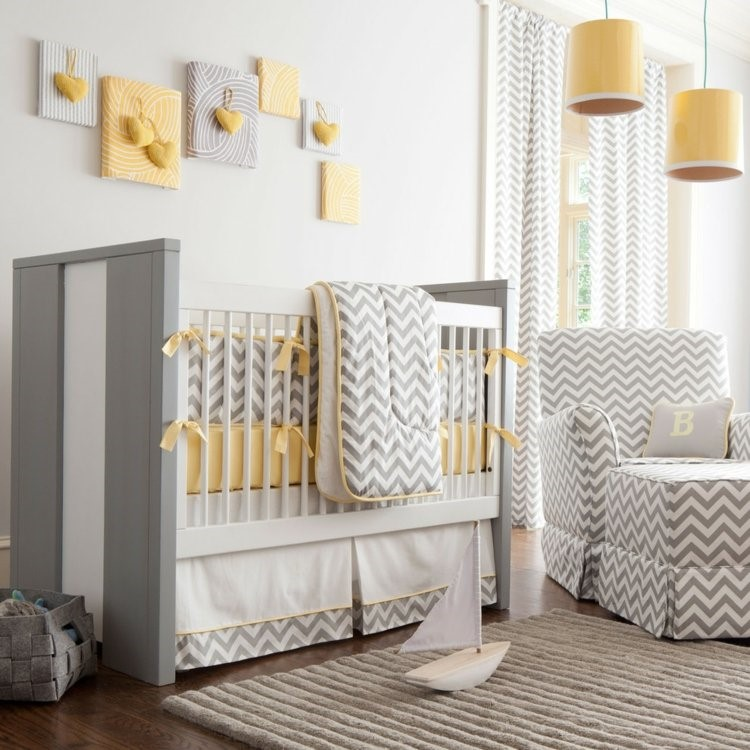 Cuarto de bebe en gris y amarillo