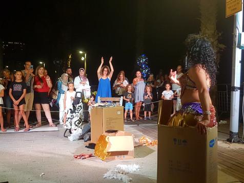 ריקודים מהקופסא