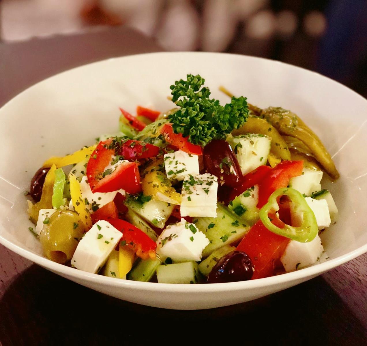 'Choriatiki' traditioneller Bauernsalat