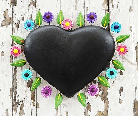 Corazón Barro 23x20cm.