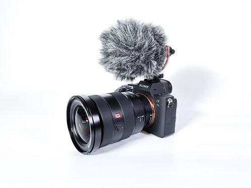 Sony a7 III + Sony 16-35 mm G master 2.8/f + microphone