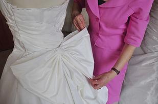 toile de robe drapée et son gros noeud