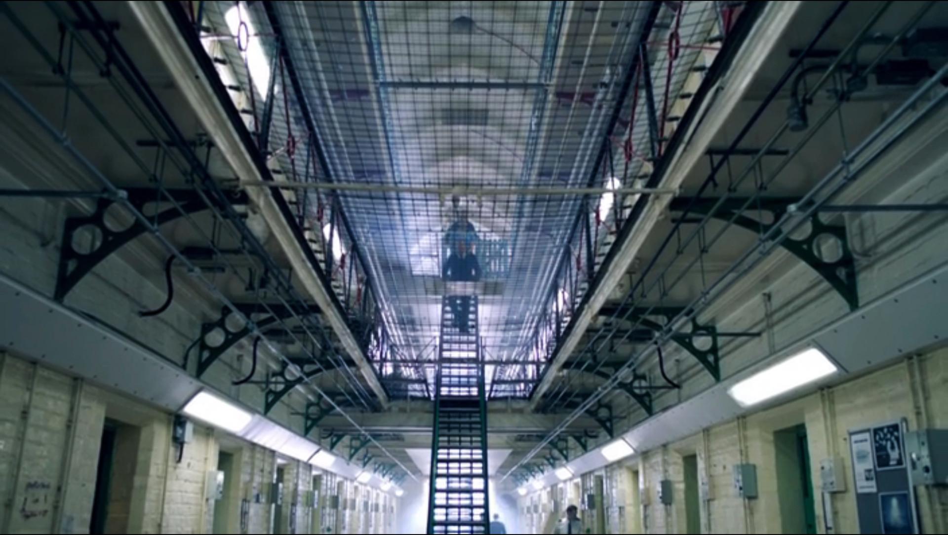 Int. Prison