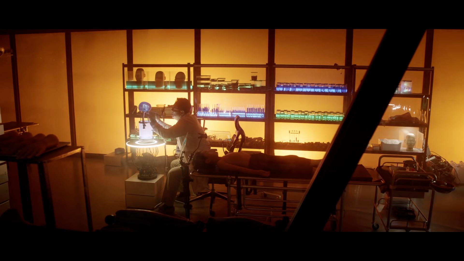 Int. David Elster's Laboratory