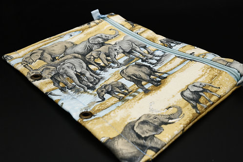 Ordner-Täschchen Elefantenherde am Wasserloch