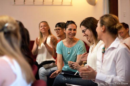 London Life Design, életúttervezés, önmenedzselés, sikeres nők külföldön, tanfolyamok Londonban, vállalkozó nők külföldön, sikeres nők külföldön, üzleti tréning és kapcsolatépítés külföldön, vállalkozás Angliában