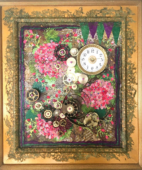 """Heirloom Hydrangea Clock"""