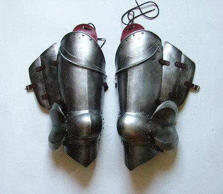 Milanese Upper Leg Armour