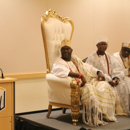 Discussion with the Ooni of Ife.