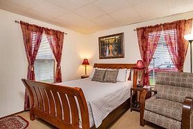 1911 Grand Bedroom.jpg?disposition=downl