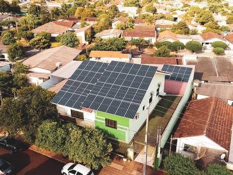 1 Ano após a instalação de uma usina solar fotovoltaica em Sorveteria de Assis Chateaubriand-PR