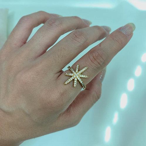 Anel Estrela de 8 Pontas com Zircônias Dourado