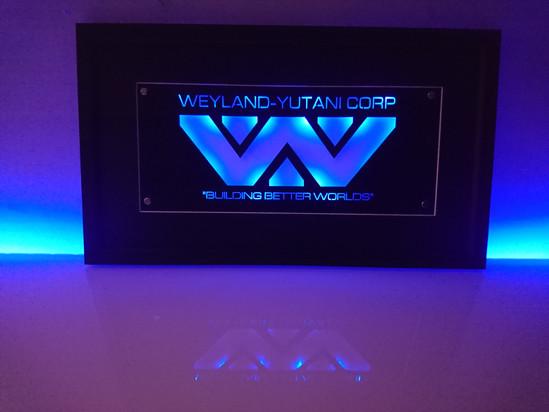 "ALIENS - ""WEYLAND- YUTANI"""