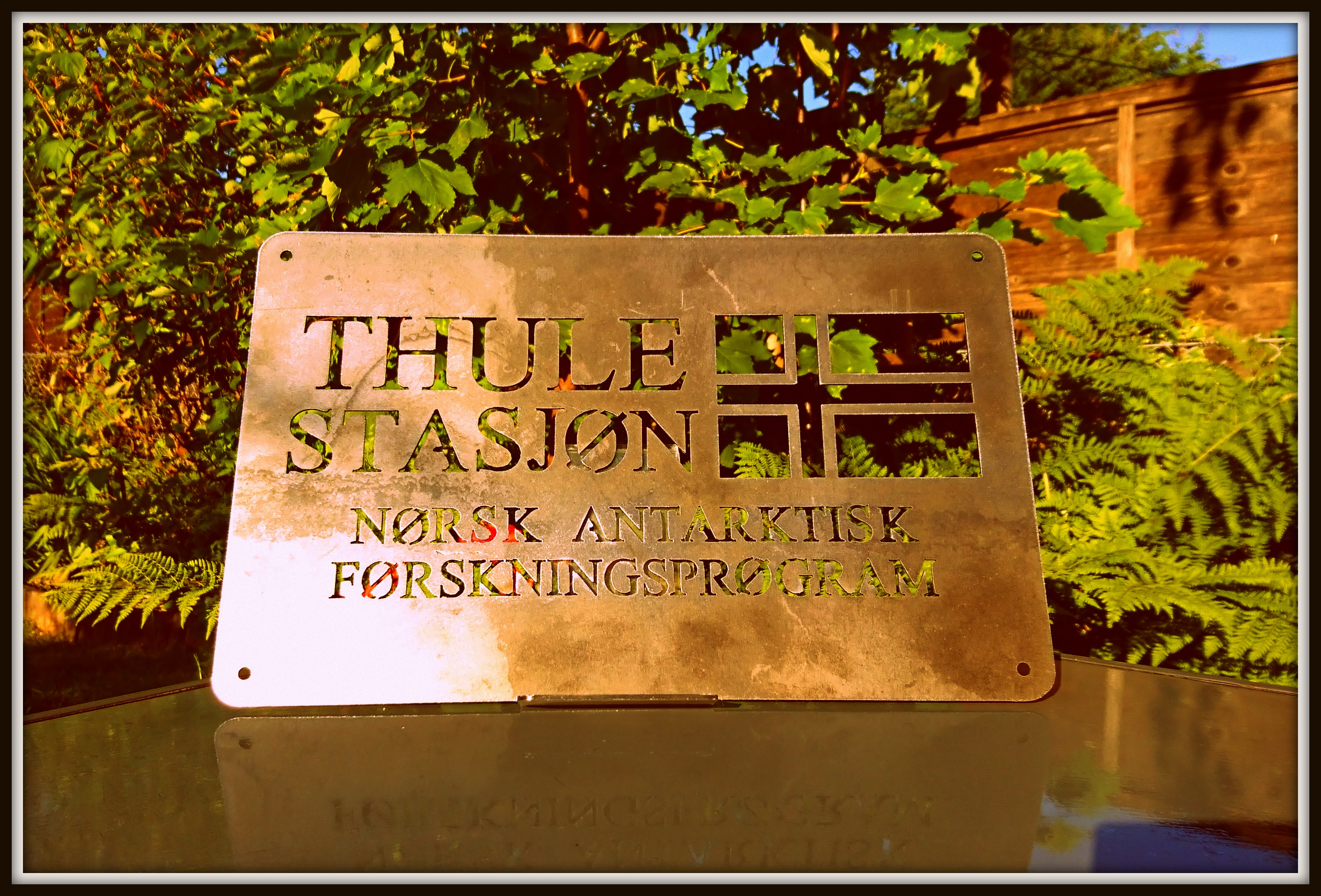 Thule Station. Rusty