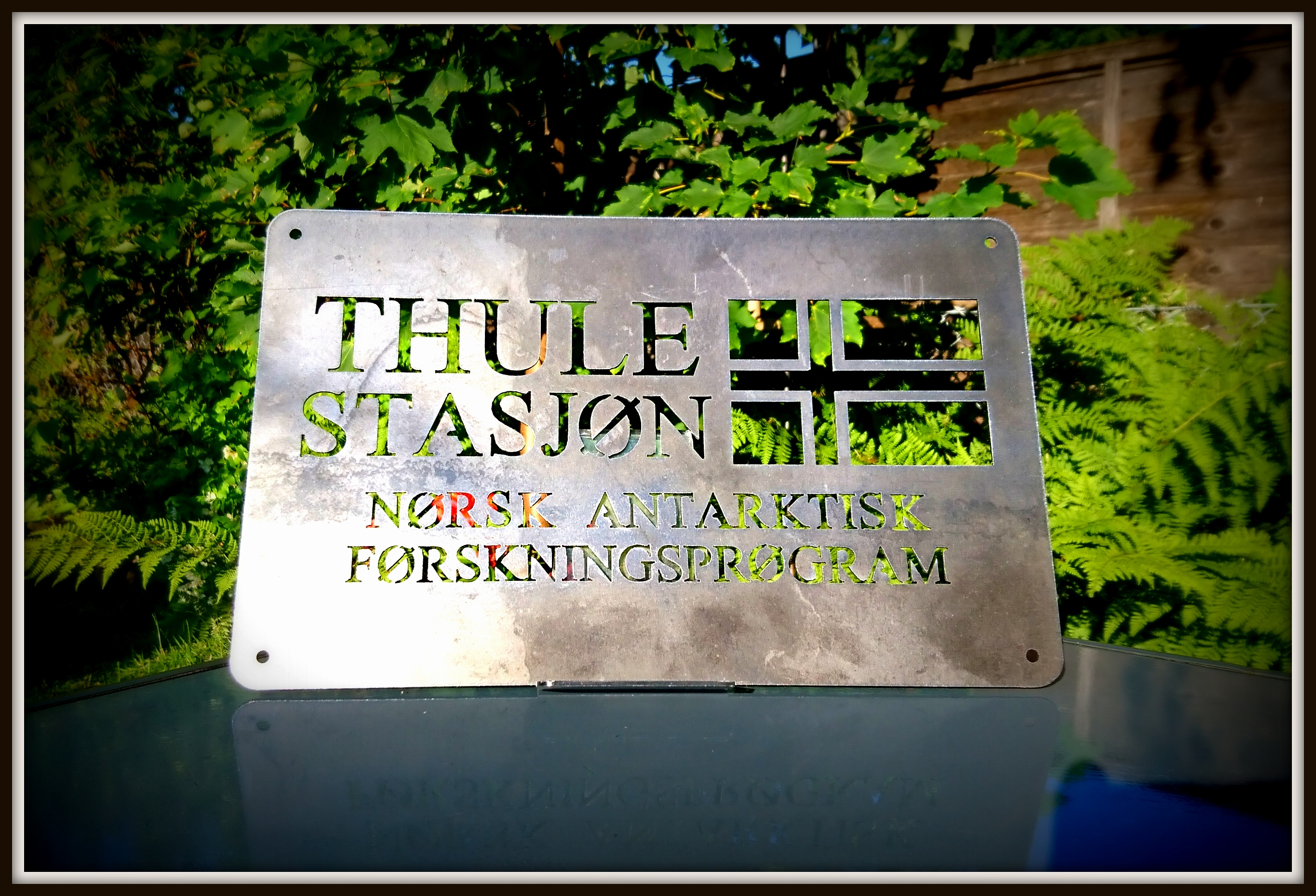 Thule Station. Carbon Steel