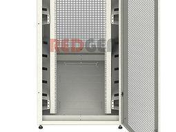 Серверный шкаф с перфорированными дверями