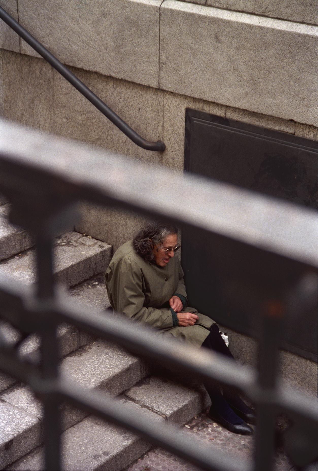 008 - JPG - Pobres Madrid Escaleras - MYNTb peq