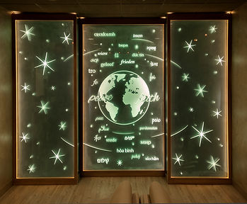 An Earth-inspired installation for a customer corporate interor