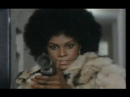 Cleopatra Jones: licenza di uccidere