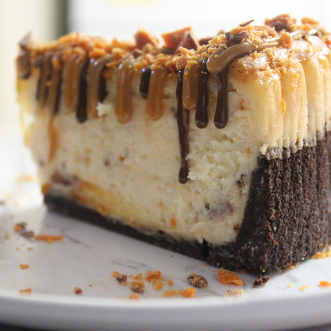 English Toffee Crunch Cheesecake