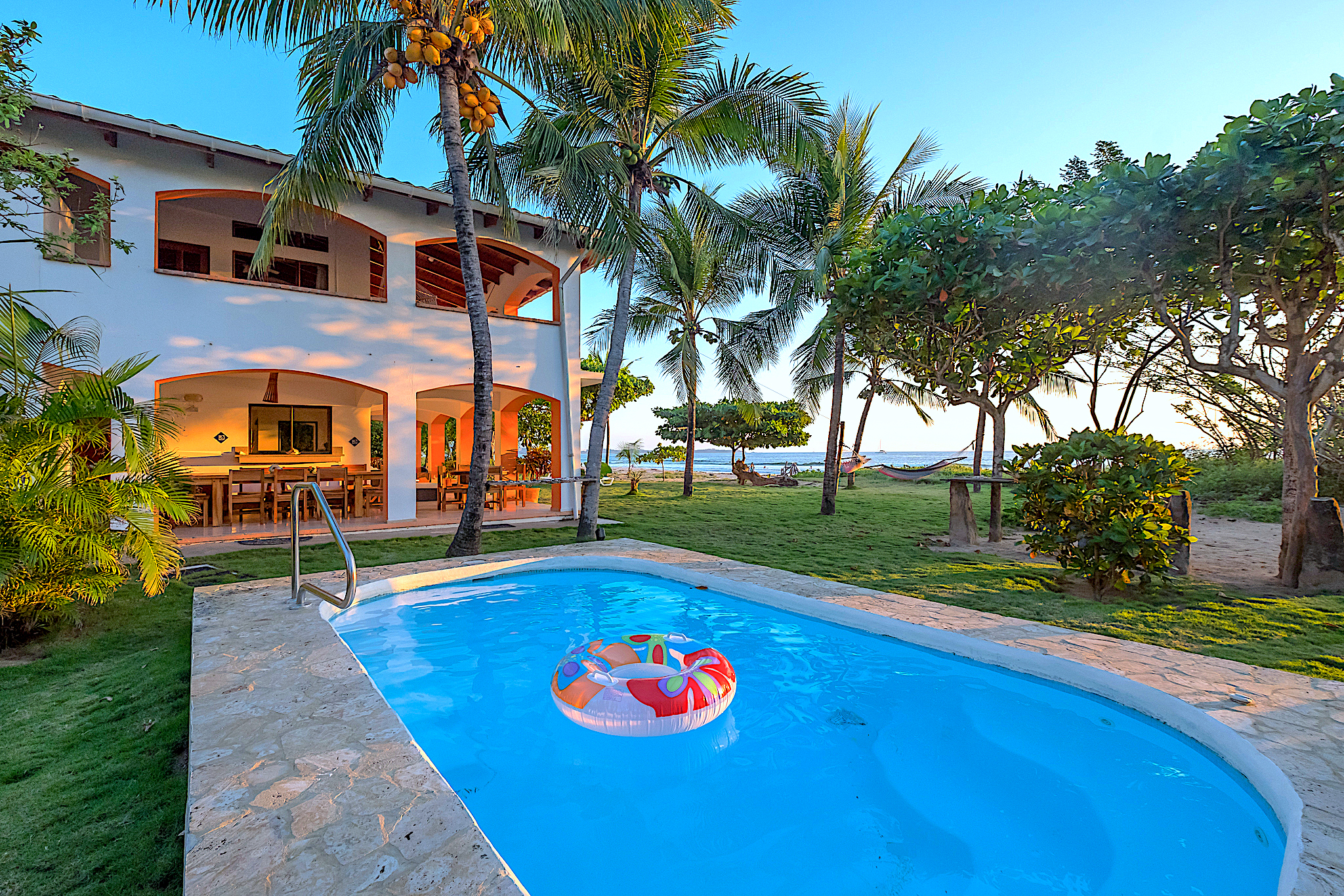 Villa Olivia Oceanfront With Pool