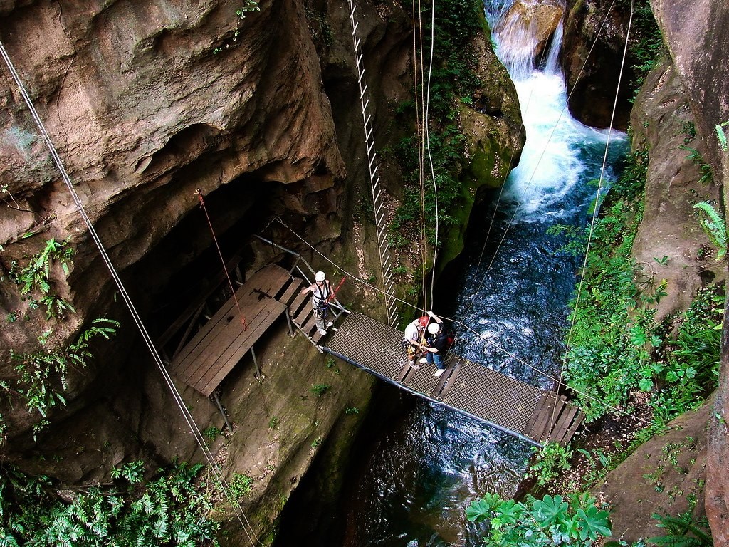 Zipline | Hacienda Guachipelin