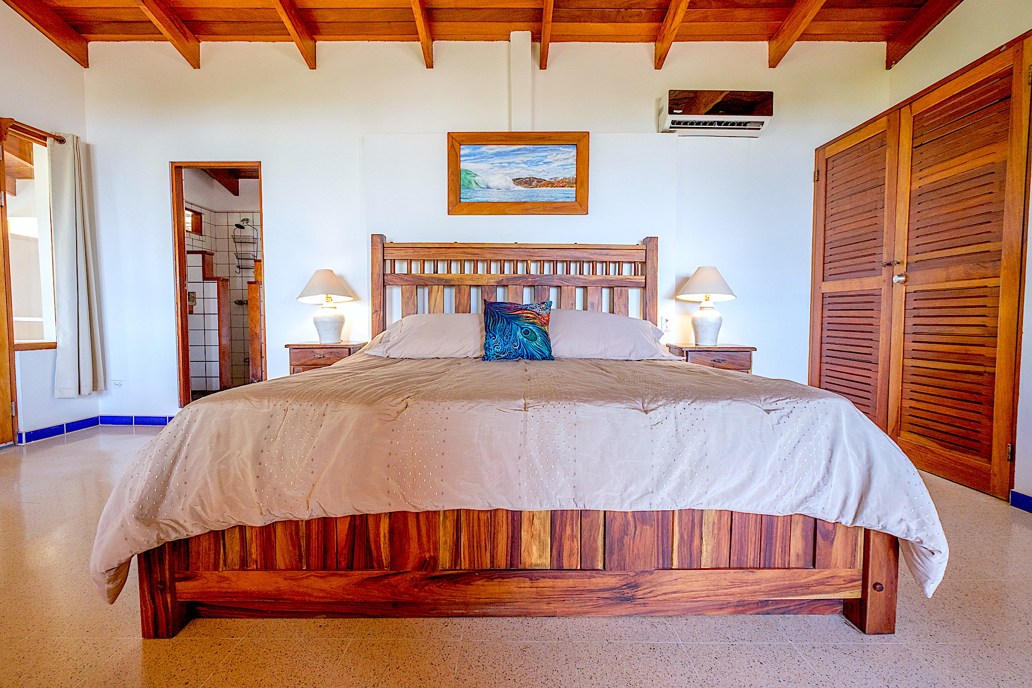 Master Bedroom: Surfs Up, King Bed