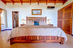 Master Bedroom: Surfs Up, King Bed