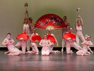 Chinese Fan Ballet