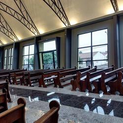Interior Capela São MaxiIGREJAS-LINDAS-A