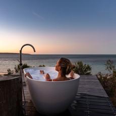 ONE KI- Outdoor Bath at Sunset