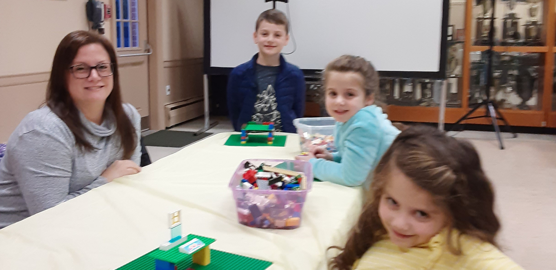 QUOGUE LIBRARY KIDS
