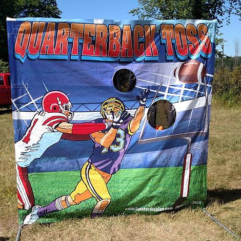 Quarterback Toss Frame Game