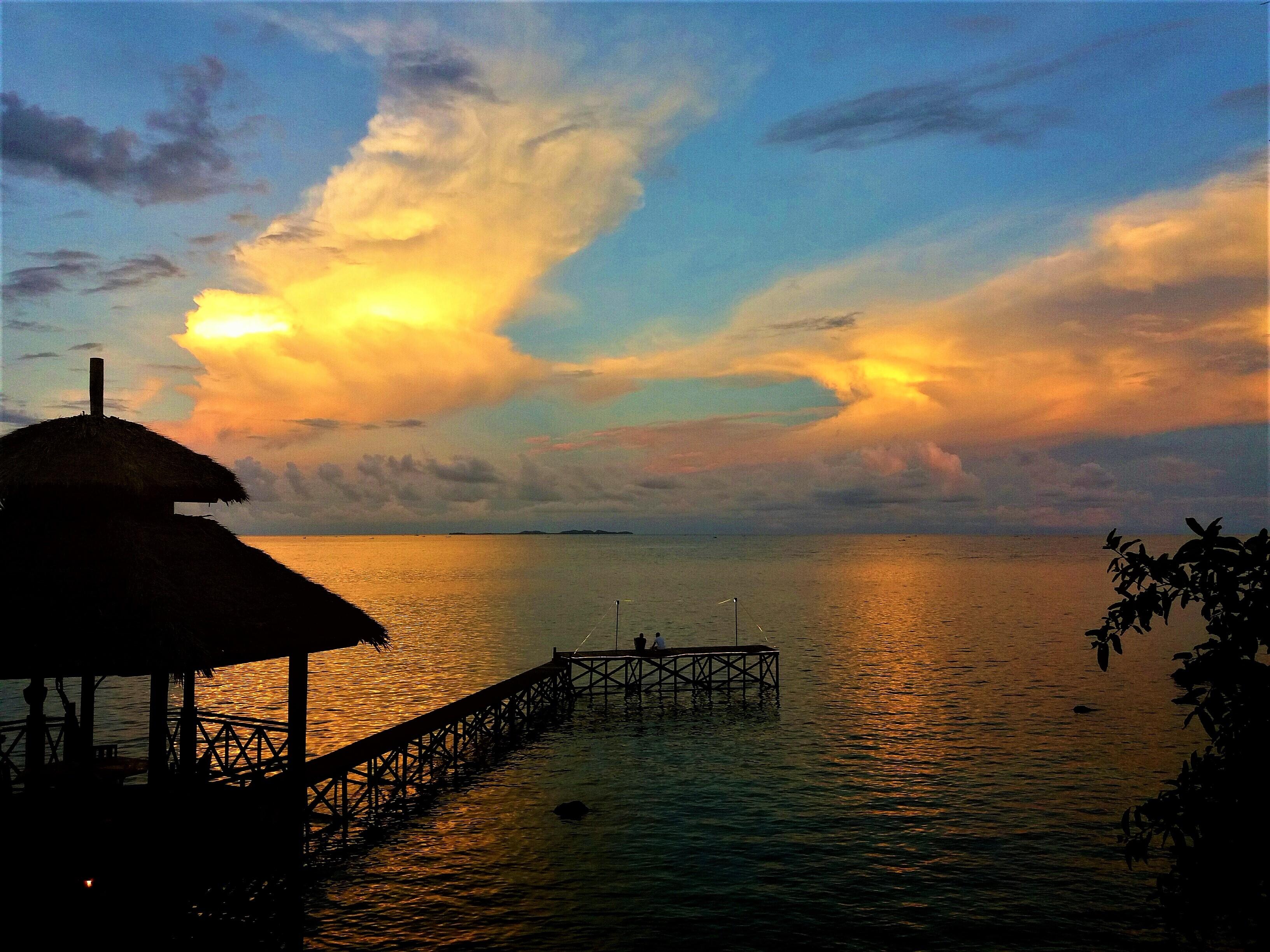 Mainhouse & Restaurant Breve Azurine Lagoon Resort Karimunjawa