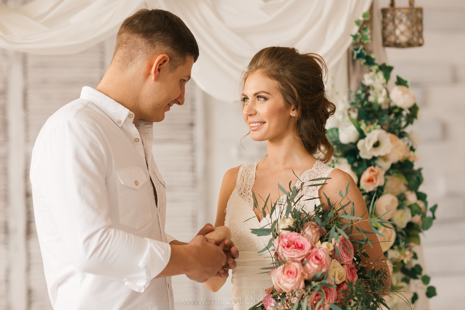 Очень нежная свадебная съемка в фотостудии Pastila Нижний Новгород