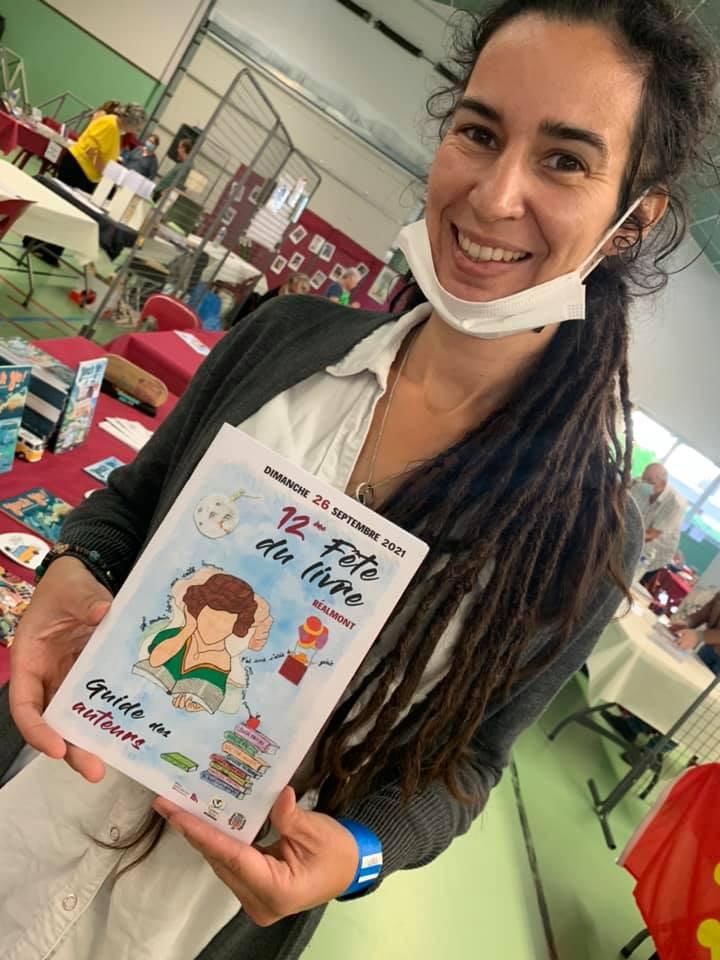 livre, auteure, femme auteure, femme illustratrice, conte pour enfant