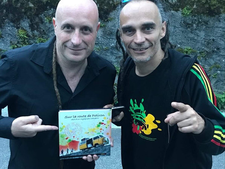 Mike D'inca, du groupe Sinsémilia, signe la préface du livre...