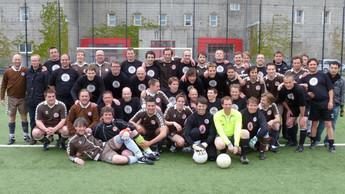 St_Pauli_5te_Herren_2010_with_Rob.jpg