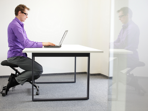 3 reasons why you need a kneeling chair