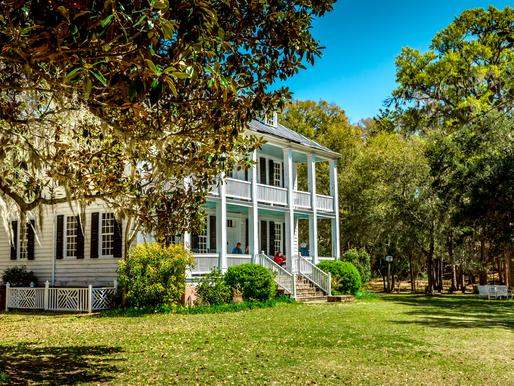 A Visit to a Southern Plantation