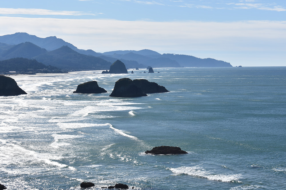 Cannon Beach – Stunning Coastline and Charming Seaside Village