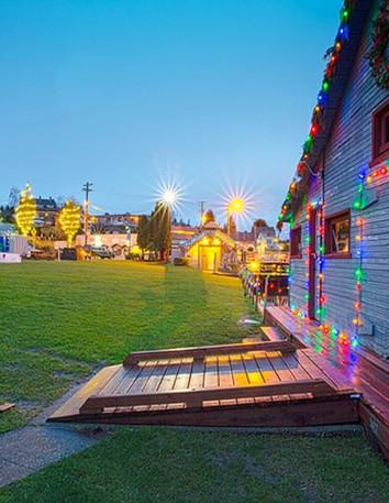 gig-harbor-tree-lighting.jpg